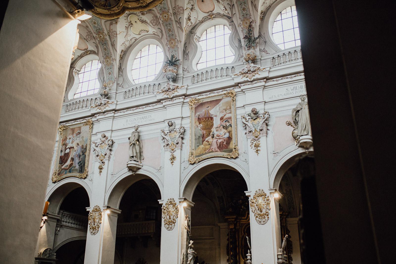 Regenhochzeit in der Basilika St. Emmeram in Regensburg 128