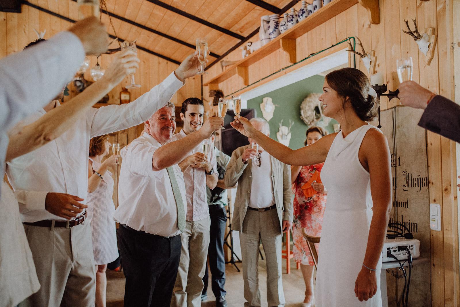 Bayrisch-Kolumbianische Hochzeit im bayerischen Wald 58
